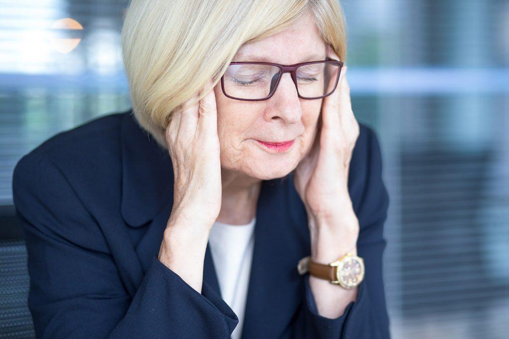 Femme agée stressée - anxieté
